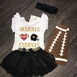 Other - Huddles Cuddles 4 pc outfit football girls sparkle